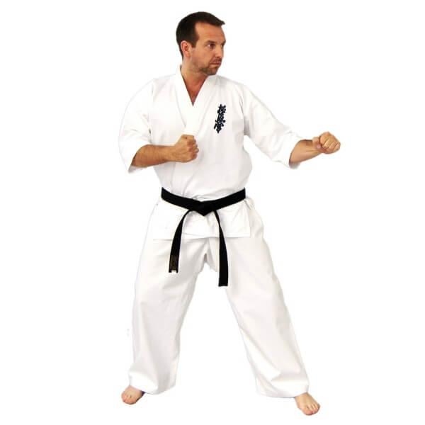 Karate Anzug Kyokushinkai Gi mit Brustbestickung