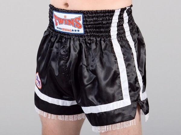 TWINS Thaiboxing Shorts schw-weiß Fransen M