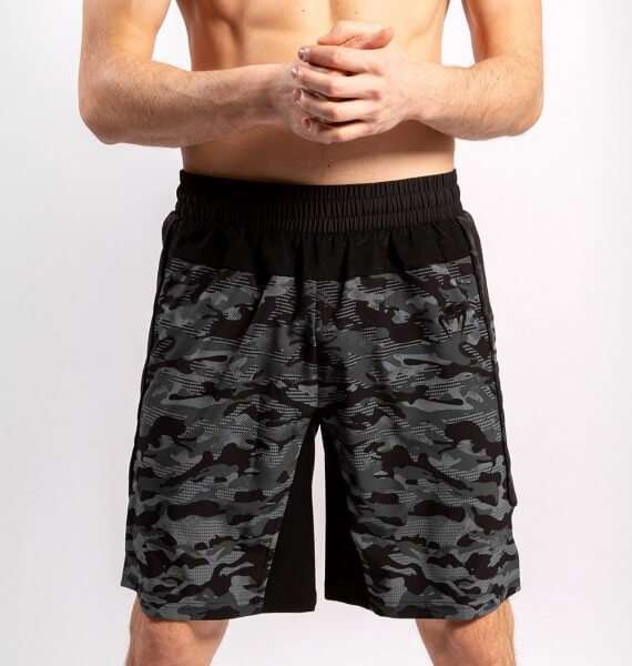 Venum Defender Training Shorts dark camo XS